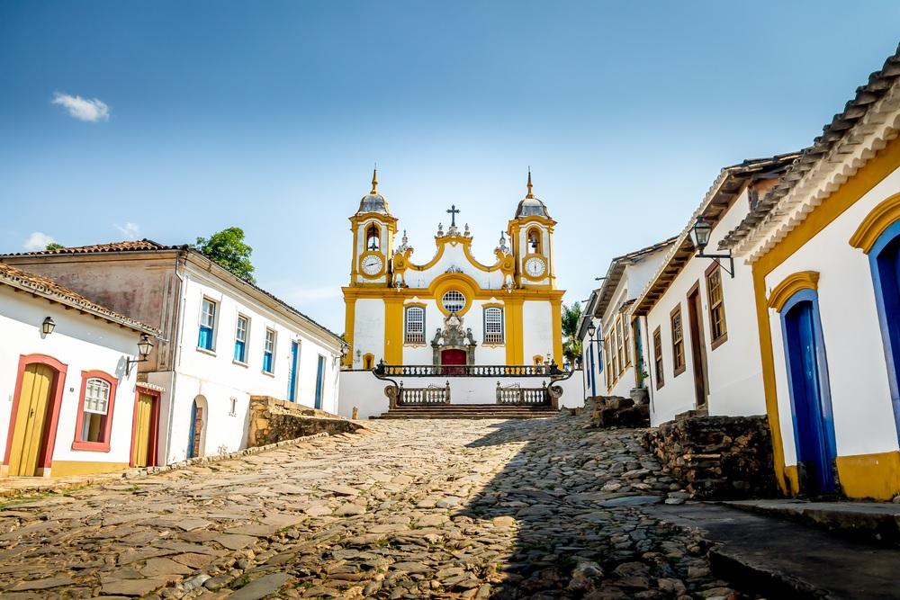 11 cidades turísticas em Minas Gerais para conhecer viajando de carro