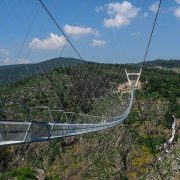 ponte suspensa portugal arouca 516_